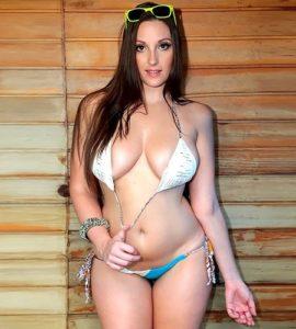 Melanie Hicks 2